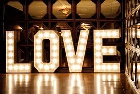 Aşkın  Gücü Düğün Temalarına İlham Veriyor