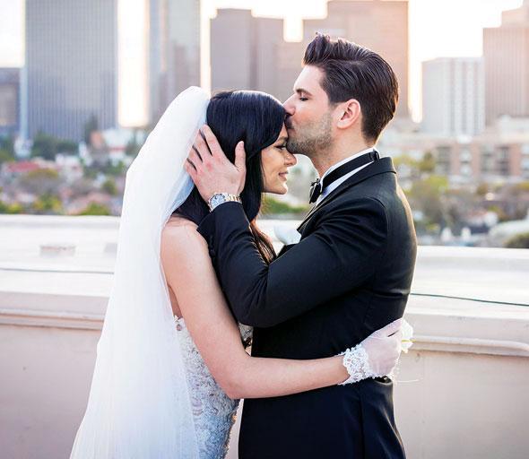 Doğum gününde Evlendi