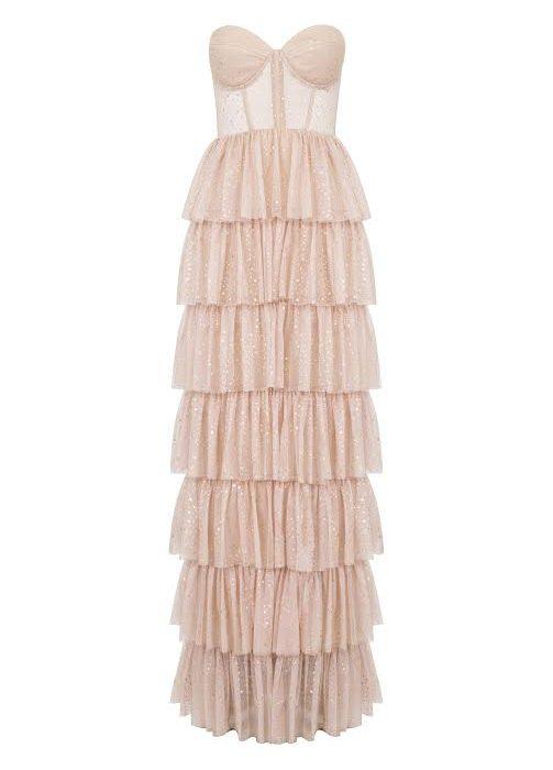 Vakko Couture 2017 İlkbahar-Yaz Koleksiyonu  ile Romantik ve Büyüleyici Bir Yolculuk…