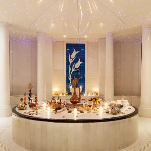 Yeni hayatınıza CVK Park Bosphorus Hotel İstanbul'da baharın ılık rüzgarlarıyla başlayın