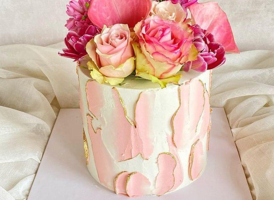 Düğün ve nişan pastanız Freda Bakes'dan